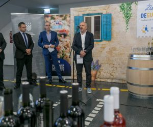 vino-dalmacije-2019-014